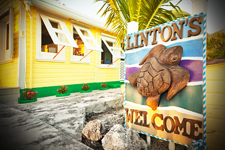 Linton's welcome sign greets you when you arrive by ferry or boat.